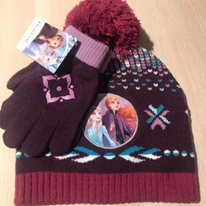 Girl's Frozen 2 Hat and Glove Gift Set